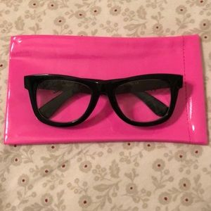 72d379ef30fe RARE Betsey Johnson Thick Black Frame Readers +2.0